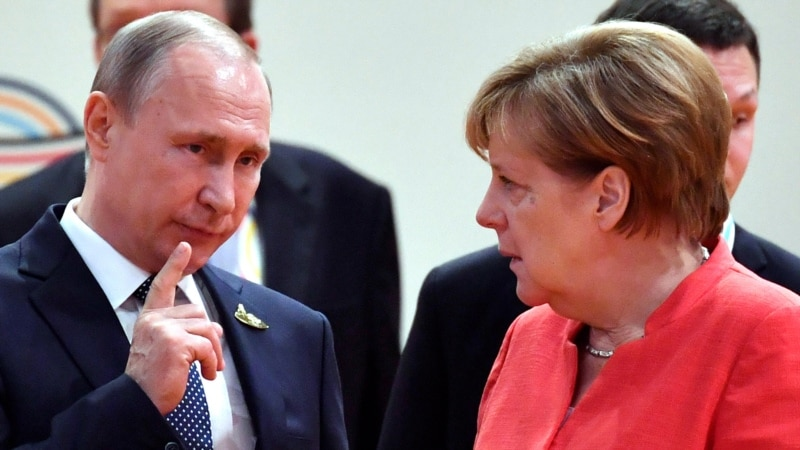 Merkel To Meet Putin In Sochi For Talks On Iran, Ukraine, Nord Stream 2