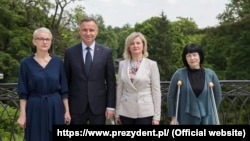 Ірэна Бярнацкая, Анджэй Дуда, Марыя Цішкоўская, Ганна Панішава. Варшава, 4 чэрвеня 2021 году.