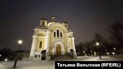 Храм Святой Троицы на Октябрьской набережной