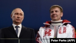 Президент Путин и Александр Зубков после победы на Олимпиаде в Сочи