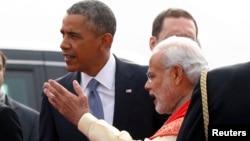 АҚШ президенті Барак Обама (сол жақта) мен Үндістан премьер-министрі Нарендра Моди. Нью-Дели, 25 қаңтар 2015 жыл.