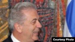 Шефот на грчката дипломатија Димитрис Аврамопулос