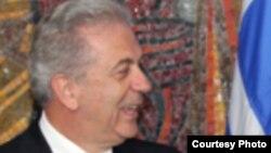 Грчкиот министер за надворешни работи Димитрис Аврамопулос