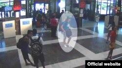 Предполагаемый террорист на видеозаписи с камеры в европейском аэропорту. Иллюстративное фото.