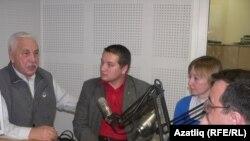 Сулдан уңга: Зәки Зәйнуллин, Рәис Сөләйманов, Яна Амелина, Сергей Сергеев