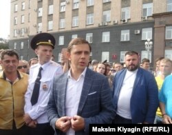 Губернатор Орловской области Андрей Клычков на митинге