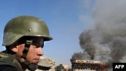 Pripadnik avganistanske nacionalne armije tokom jutrašnjeg napada