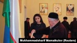 Өзбек парламентиндеги 150 орунга талапкерлерди шайлоонун экинчи туру 5-январда болуп өткөн.