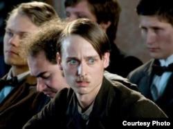 """Скрыншот зь фільму """"Mein Kampf"""" пра Адольфа Гітлера"""