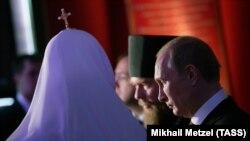 Владимир Путин и руския патриарх Кирил