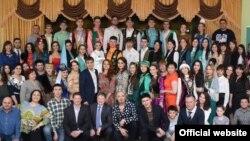 Бәйгедә катнашучыларның күмәк фотосы, Чиләбе, 16 апрель 2016 ел