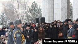 Уран Сарбагышевди акыркы сапарга узатуу зыйнаты. 21-февраль.