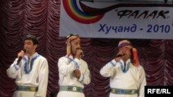 """Акс аз ҷашнвораи """"Фалак-2012"""" дар Хуҷанд"""