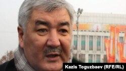 «Азат» ЖСДП бас хатшысы Әміржан Қосанов. Алматы, 6 қаңтар 2012 жыл.