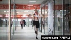 Soviet-Themed Shopping Center Opens In Minsk (RFE/RL Belarus Service)
