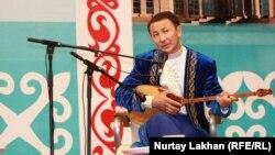 Бақыт Жағыпарұлы. Астана, 8 шілде 2013 жыл.