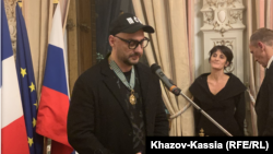 Вручение ордена Почетного легиона Кириллу Серебренникову