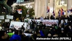 Potpisivanje Sporazuma sa narodom na protestu u Beogradu