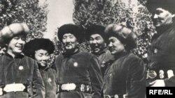 Эл шайырлары Муса, Жумамүдүн, Молдобасан, Шаршен, Алымкул, Ыбрай (1940-жылдар)