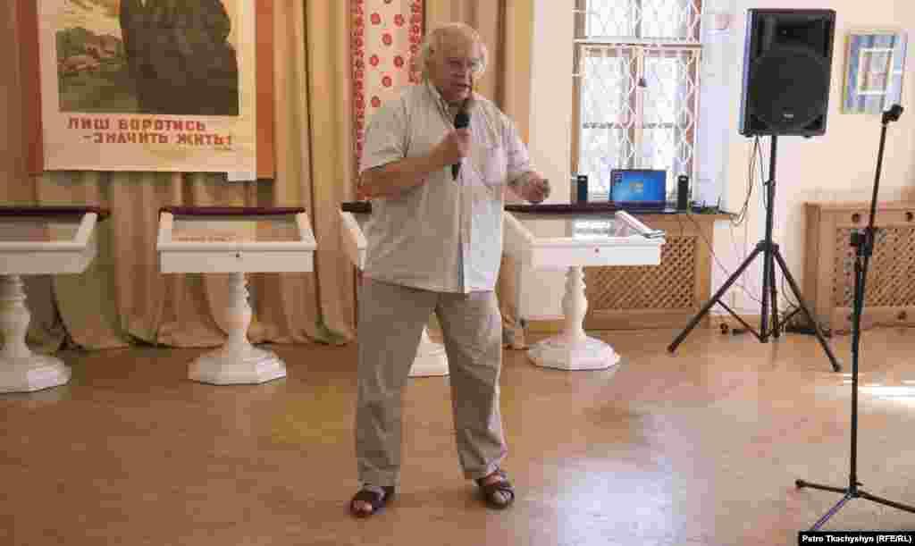 Поет Іван Драч розповідає про необхідність створення музею в столиці