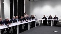 Վազգեն Մանուկյանի հիմնադրած «Վերնատուն» ակումբը սկսում է իր գործունեությունը