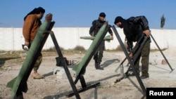 Pamje e pjesëtarëve të kryengritësve në Siri