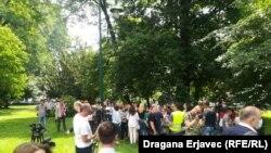Medicinski radnici ispred zgrade kantonalne vlade u Sarajevu, 10. juni 2021.