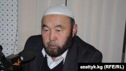 """Руководитель общественной организации """"Дил мурок"""" Озбек ажы Чотонов."""