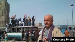 Ирано-французский фотожурналист Реза Дегати работает в центре Каира