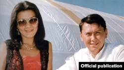 Рахат Алиев мурдагы жубайы Дарига Назарбаева менен.