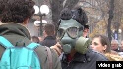Detalj sa protesta protiv zagađenja vazduha u Boru u novembru 2019.