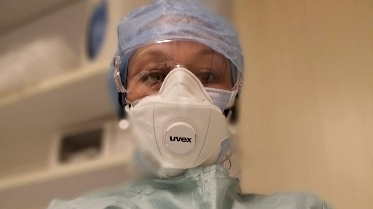 «Сознательно снова лезу в пекло» – украинская медсестра из города Бергамо, которая поборола коронавирус
