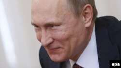 «Є ще третій гравець. Це – Володимир Путін, найпотужніший з усіх трьох»
