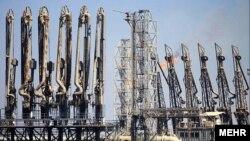 Наоѓалиште за нафта на островот Карг во Иран.