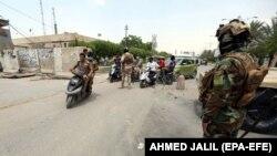 Илустрација - Ирачки војници на контролен пункт