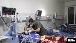 یک بیمار بستری به دلیل مصرف الکل صنعتی