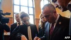 Ramuš Haradinaj pred sudom u Kolmaru sa advokatskim timom