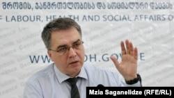 შრომის, ჯანმრთელობის დაცვისა და სოციალური დახმარების მინისტრი დავით სერგიენკო.