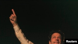 Imran Khan, cricketer-turned-opposition politician and chairman of the Pakistan Tehreek-e-Insaf (PTI) political party.