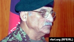 شیر محمد کریمی کارشناس امور نظامی