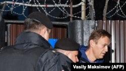 Лицом к событию. Навальный ответит за всё