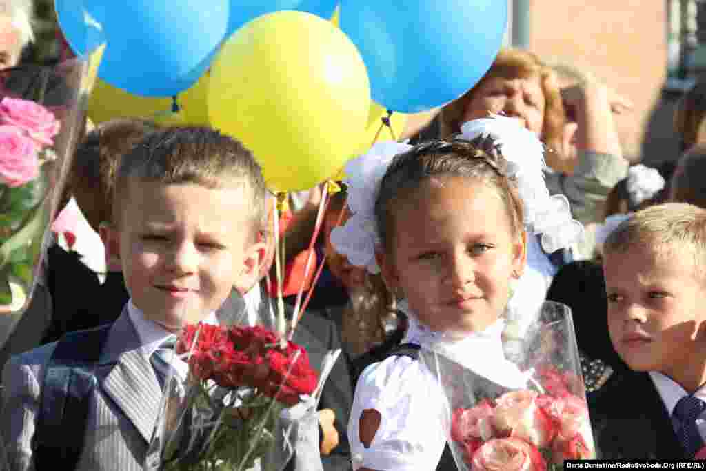 The first day of school at School No. 17 in Cherkasy, Ukraine.