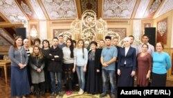 Татар ата-аналары туган телләрне яклауны сорап Путинга мөрәҗәгать итә