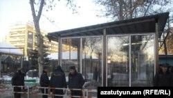 Երեւան -- Մաշտոցի այգին առավոտյան 8:55-ի դրությամբ, 21-ը փետրվարի, 2011թ., Հայաստան