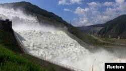 Водосброс Саяно-Шушенской ГЭС