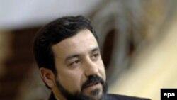 عباس عراقچی معاون وزارت امور خارجه جمهوری اسلامی برای گفت و گو در باره بحران هسته ای ایران، به پکن رفته است