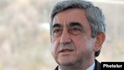 Armenia -- President Serzh Sarkisian speaks to journalists in the northern Tavush region, 9 April 2010.