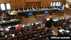 Меѓународниот суд во Хаг следниот месец ќе ја соопшти пресудата по тужбата на Македонија против Грција.