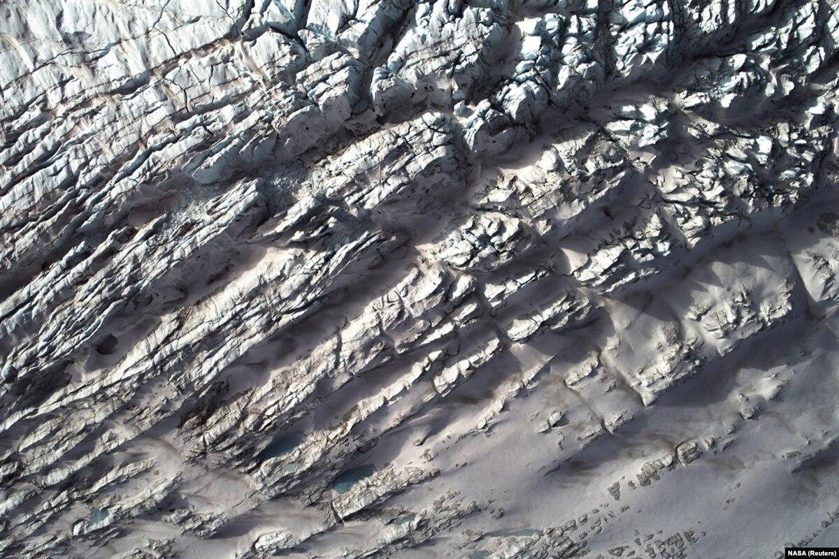 ООН: рекордная жара в Европе угрожает леднике в Гренландии