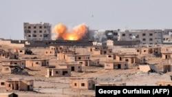 Напад врз згради во Сирија. Архивска фотографија.